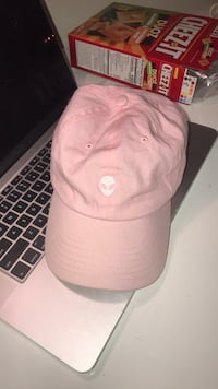 white and pink baseball cap Los Angeles, 91367