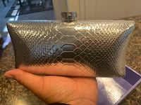 Vince Camuto Clutch Baltimore, 21220