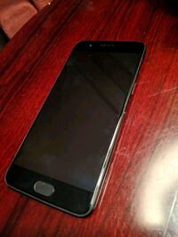 One plus 5 - 64 GB  Barrie, L4M 0A5