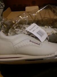 Brunswick womens bowling shoes size 8 1/2 $10 Clinton, 73601
