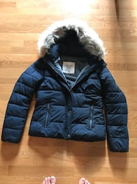 Navy blue abercrombie girls winter coat