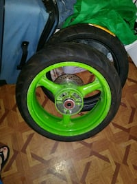 green and black car wheel Evansville, 47714