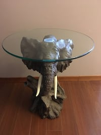 Elephant Head Side Table  Lincoln, L0R
