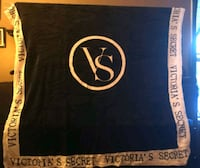 Victoria secret & Pink throw blankets  Kitchener, N2K 1N7