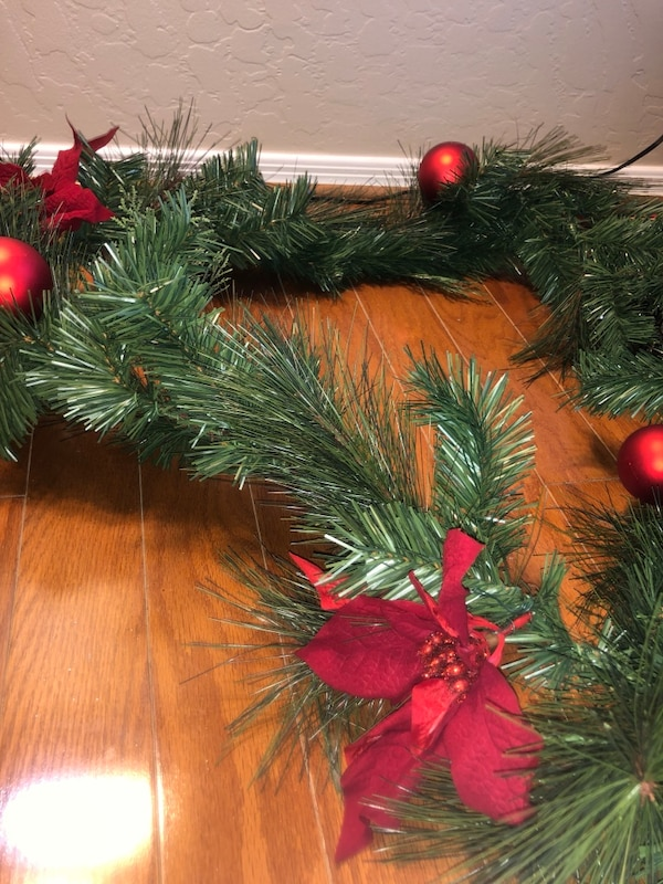 Christmas Garland And Merry Christmas Pillow Decorations