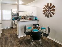 2129 Holly Oaks Ln, Weatherford, TX 76087