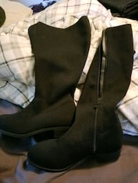 Plus sized boots, size 8, never worn Phoenix, 85021