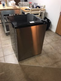 GE Spacemaker Mini Fridge Morgantown, 26505