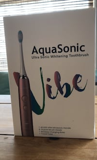AquaSonic Whitening Toothbrush