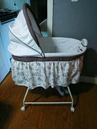 Bassinet Foxborough, 02035