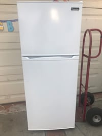 White fridge  Santa Ana, 92707