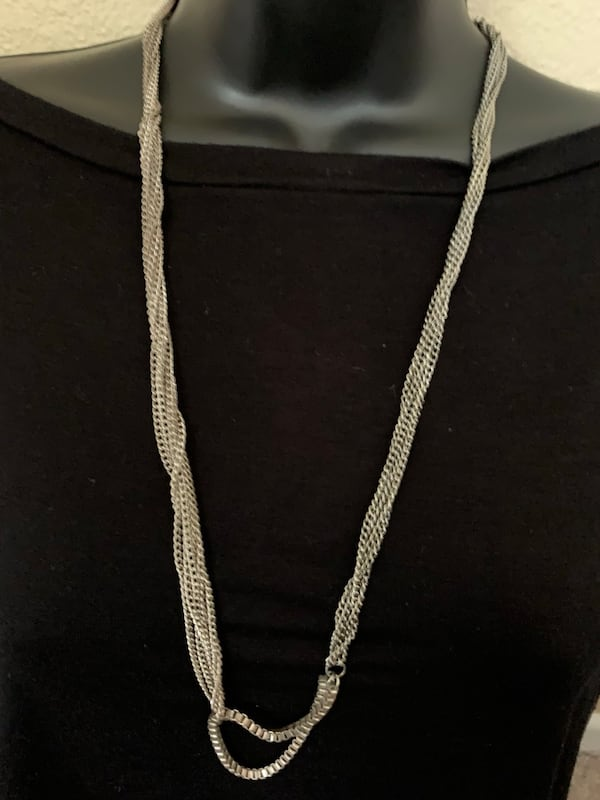Long and gentle Necklace adc110de-9b8d-4d78-8daf-a35ee6379eeb