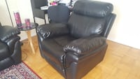 Leather sofa  Toronto, M1K 2N2