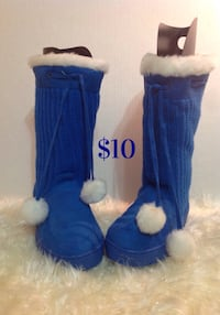 Blue fur home boots: new, never used: size 7
