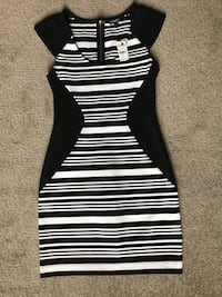 Retail$70- Brand New Women's Express Dress Size 2