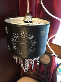 Hanging ceiling light/chandelier black with crystals Cambridge, N3H 1R9