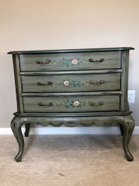 Hand painted green wood 3-drawer chest Raleigh, 27609