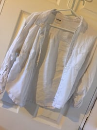 white and gray floral dress shirt Macdonald, R0G 0A2