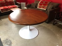 round brown and white wooden pedestal table Bracebridge, P1L 0A1