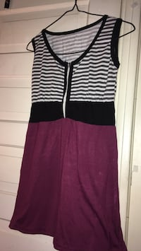 Women's black and purple sleeveless dress Winnipeg, R2W 4L7
