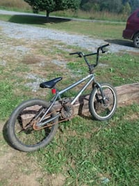 gray and black BMX bike Jonesborough, 37659