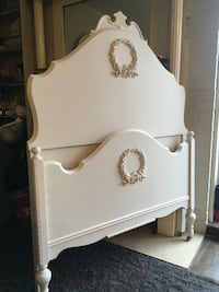 Delivery - pretty little antique French country twin sized bed refinished  Toronto, M9B 3C6