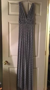 White and navy maxi dress. Super soft! Never worn but tags removed. Women's small.  Germantown, 20874