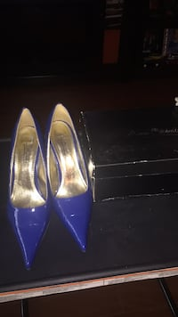 pair of purple pointed-toe heeled shoes Vaughan, L4J