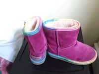 Authentic uggs boots size 12 Temple Hills, 20748