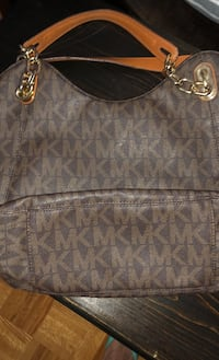 Beautiful  Michael Kors Purse Vaughan, L6A 2A2