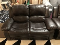 Love seat and recliner  Langley, V1M