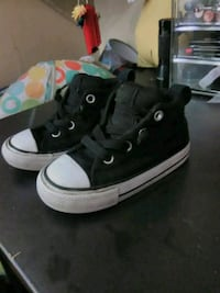 Toddlers converse size 6  Norwalk, 90650