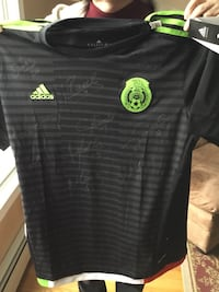 Autographed Mexican soccer jersey.XL