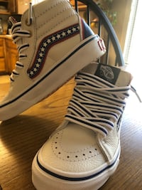 vans shoes red white and blue leatherbrand new NEVER WORN