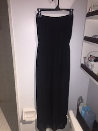 Long black dress with leg slit  Vaughan, L6A