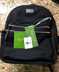 authentic kate spade backpack Large , almost brand new. used 4 times only. New Westminster, V3M