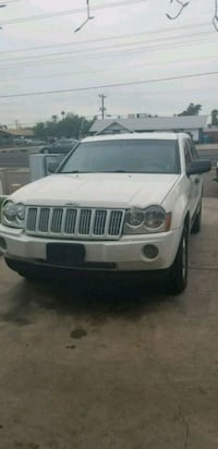 white Jeep Grand Cherokee SUV Phoenix, 85033