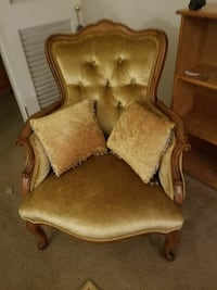 2 antique chairs  Modesto, 95350