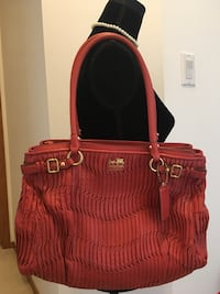 Authentic Coach purse or bag Calgary, T2Y 3V4