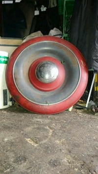 Antique ford wheel cover  Mississauga, L5A 1P8