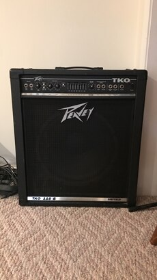 Bass amp in great shape still sounds like it's brand new. I'll deliver if it's reasonable.
