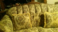 brown and white floral fabric sofa Bakersfield, 93305