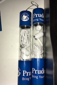 2 headphones  with cases  New Rochelle, 10801