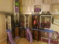 Monster high doll house  Piedmont, 29673