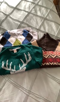 Knitted sweaters for boys size 7-8 Mississauga, L5M 0V5