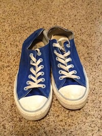 Pair of blue converse all star low-top sneakers Belton, 76513