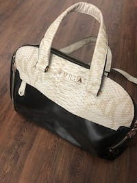 black and white leather handbag Laval, H7R 5A8