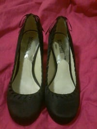 Authentic Michael Kors heels  Coquitlam, V3C 2K7