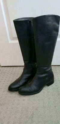 pair of black leather knee-high boots Newmarket, L3X 2W6