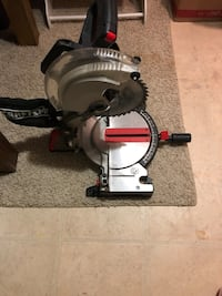 black and gray miter saw